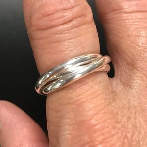 NWT Avon Silvertone 3 Band Rolling Ring Size 8